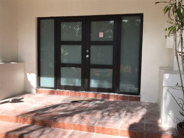 Contempo Double Door with Sidelites