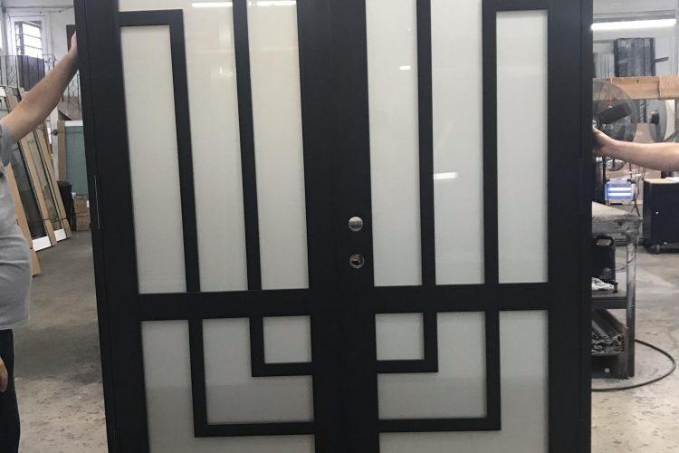 Avant Custom Door 2